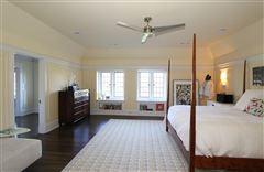 Luxury properties Alberly Manor
