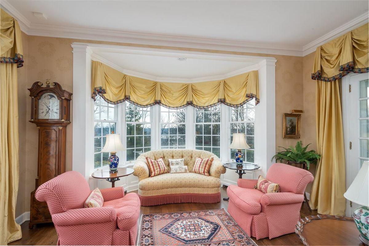 Luxury properties Beautiful estate home