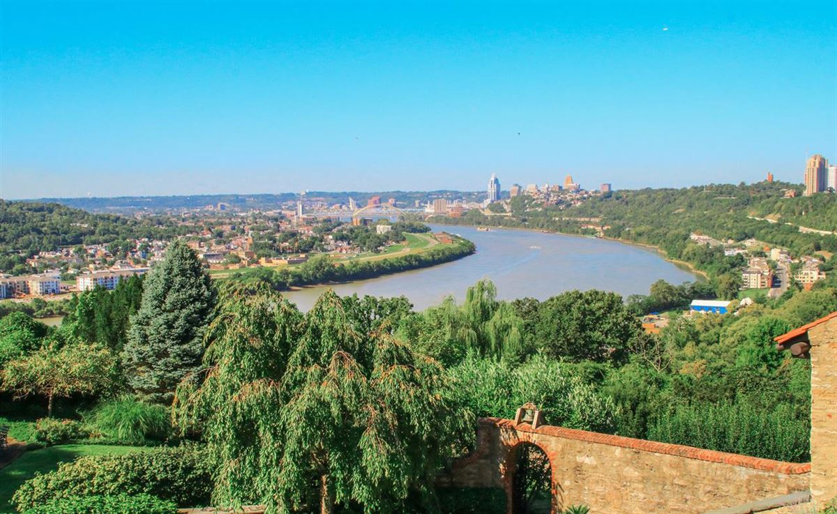Stunning property with sweeping river and city views luxury properties