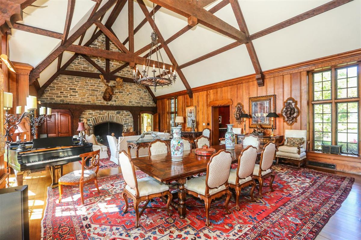 Trophy lodge with sweeping valley views luxury properties