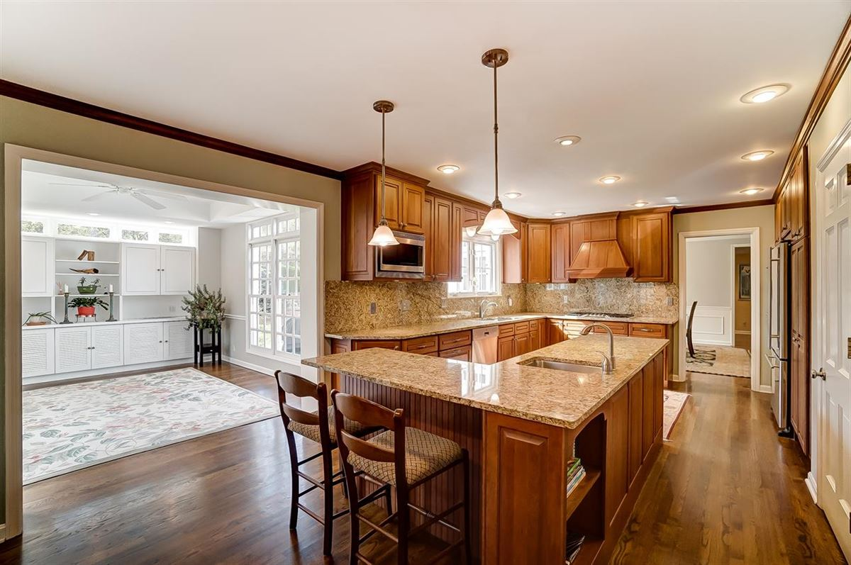 Luxury homes charming home situated on 3.8 Acres