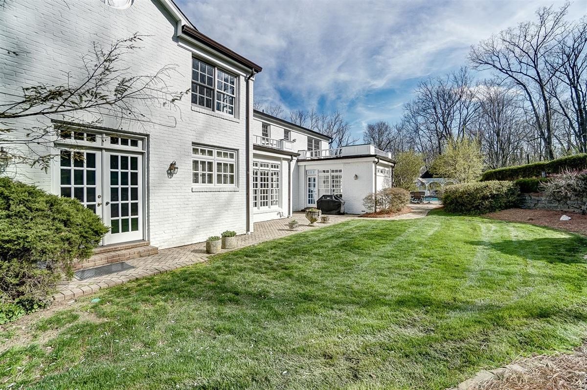 Mansions in charming home situated on 3.8 Acres