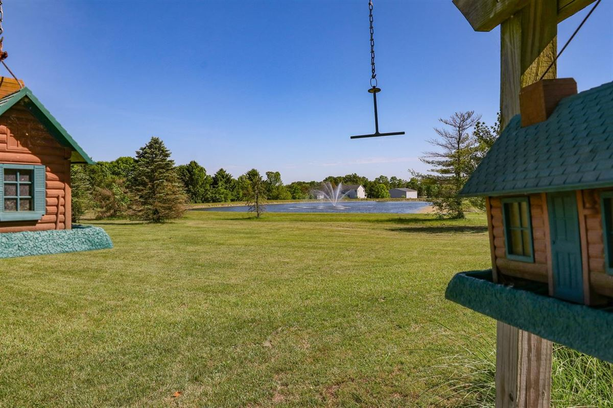 Beautiful, Custom Home on 14+ Acres mansions