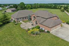 Mansions Beautiful, Custom Home on 14+ Acres