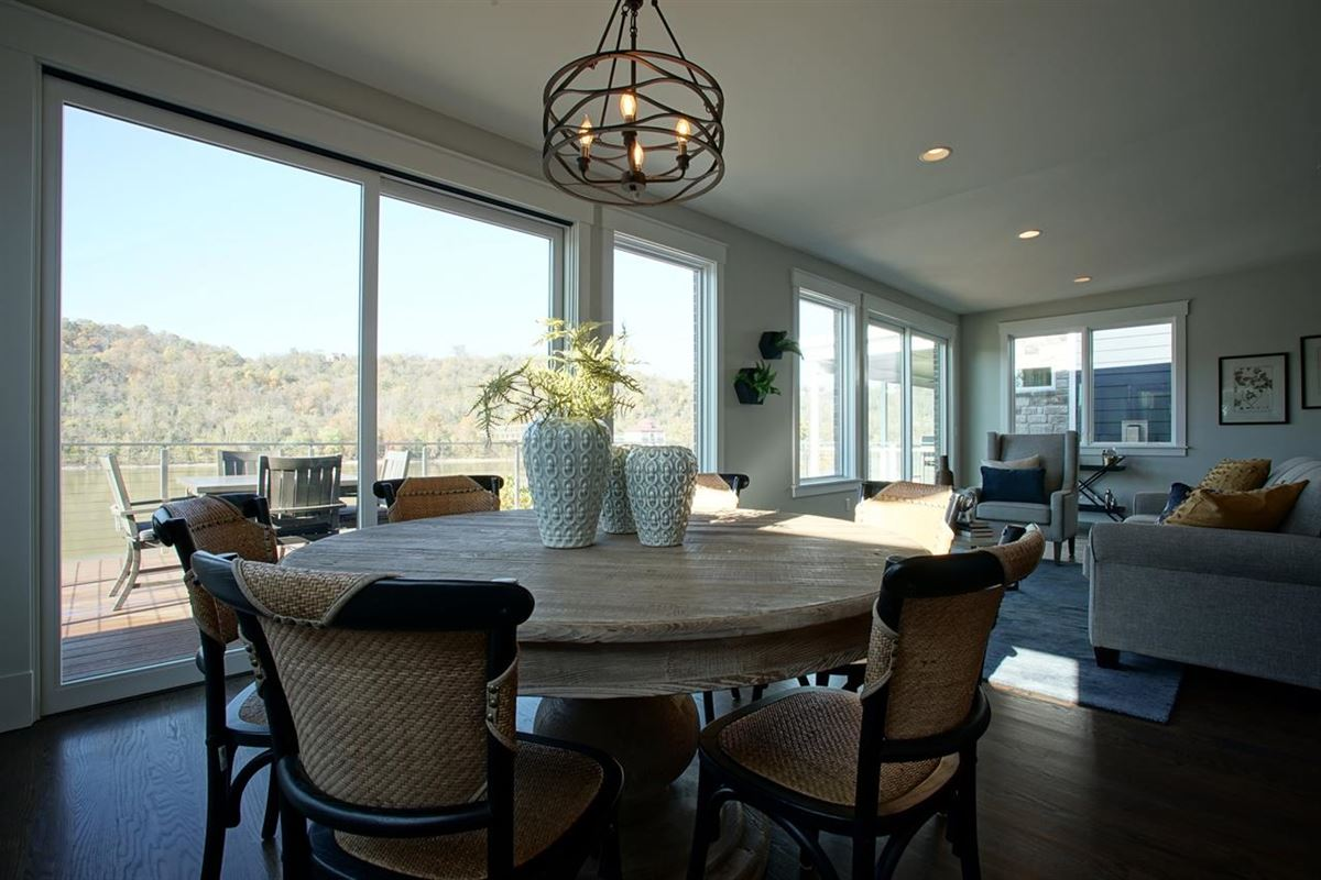 Luxury real estate Luxury Living Along the Ohio River