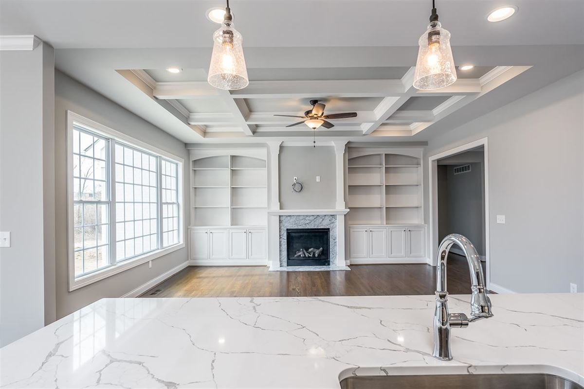 immaculate open plan custom home luxury homes