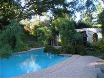 WONDERFUL gem with FABULOUS views luxury properties