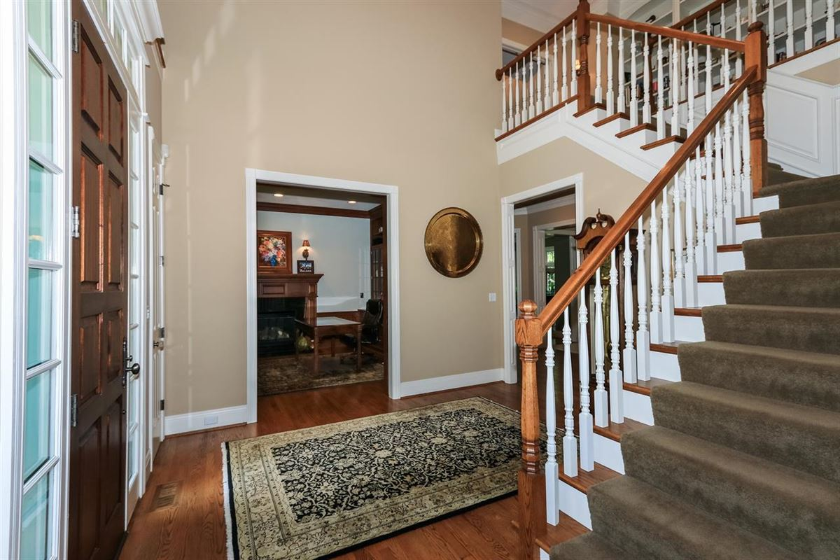 Luxury homes Excellent Hyde Park location