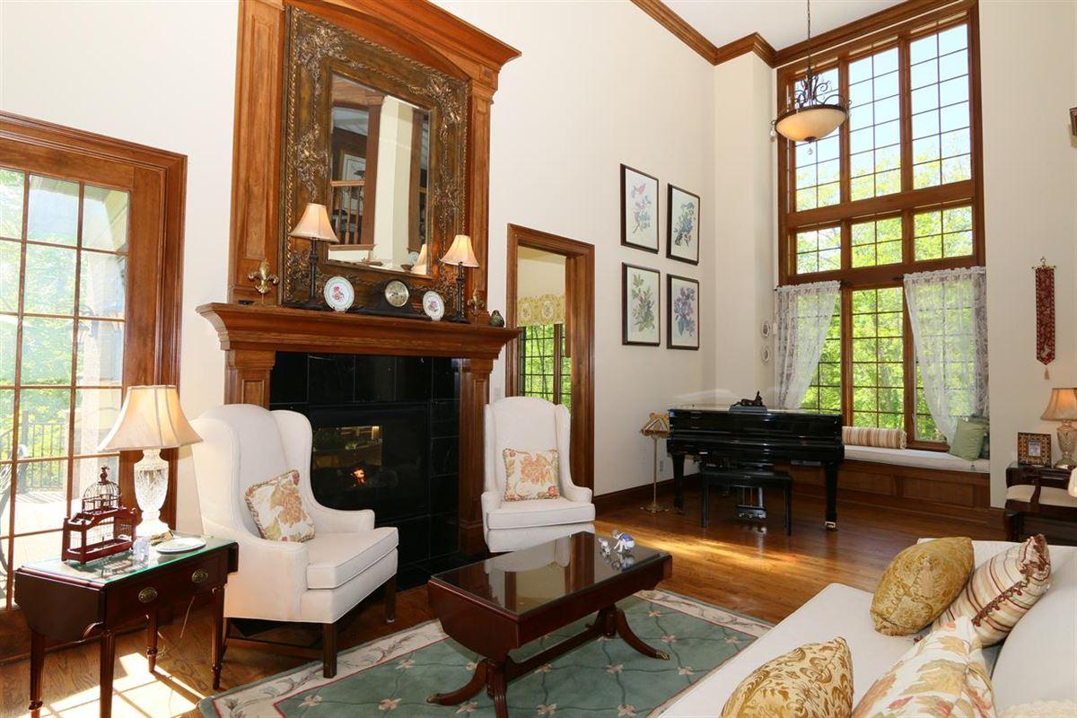 remarkable Estate  luxury real estate