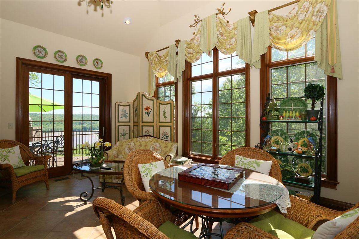 Mansions remarkable Estate