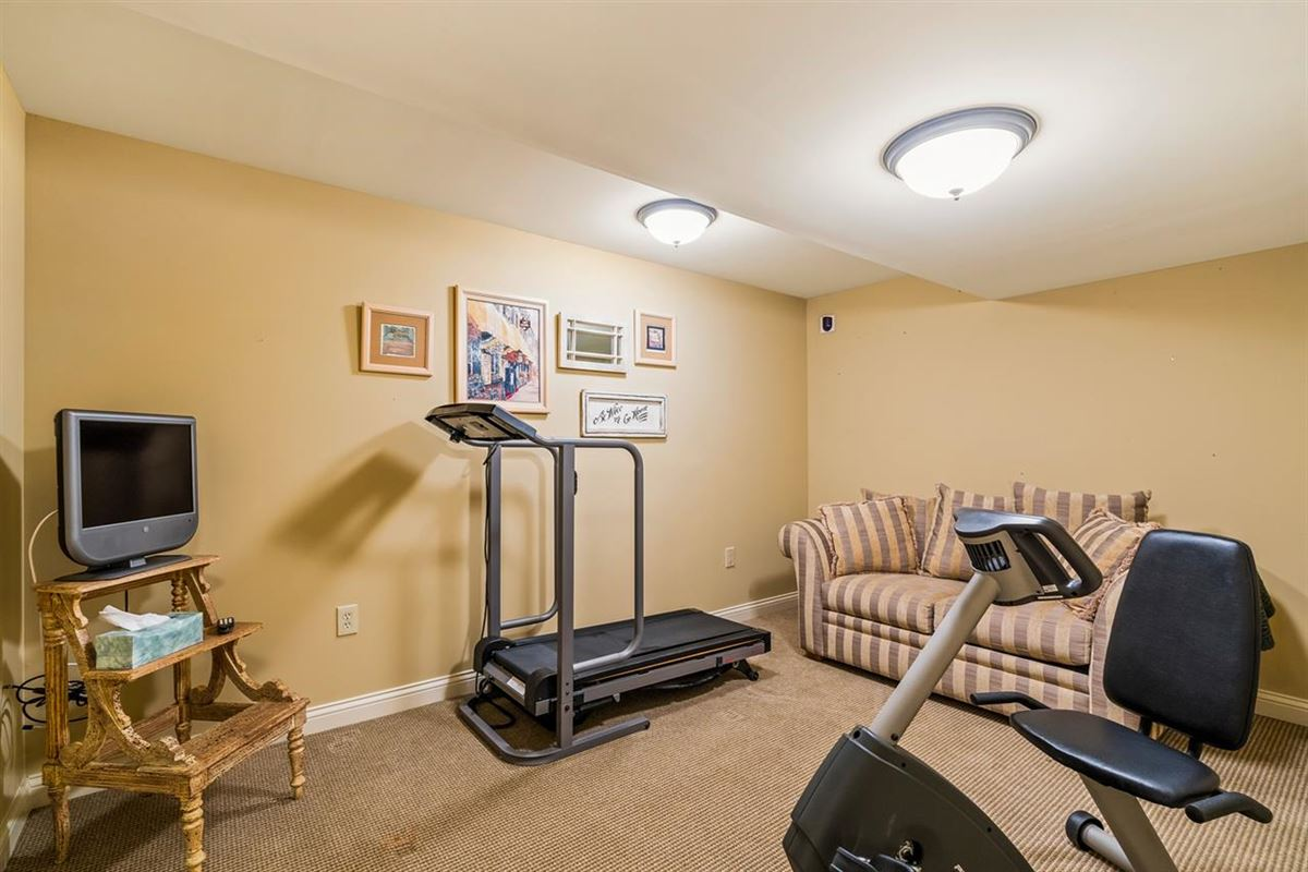 Luxury homes Lifestyle Townhome with Sweeping Views and no HOA