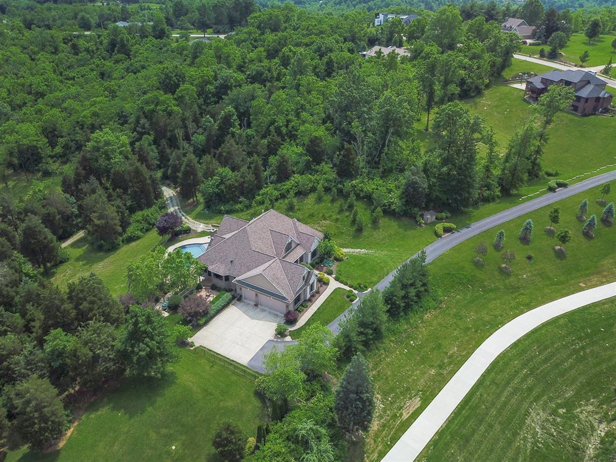 Luxury homes Custom Home with 15 Gorgeous Acres