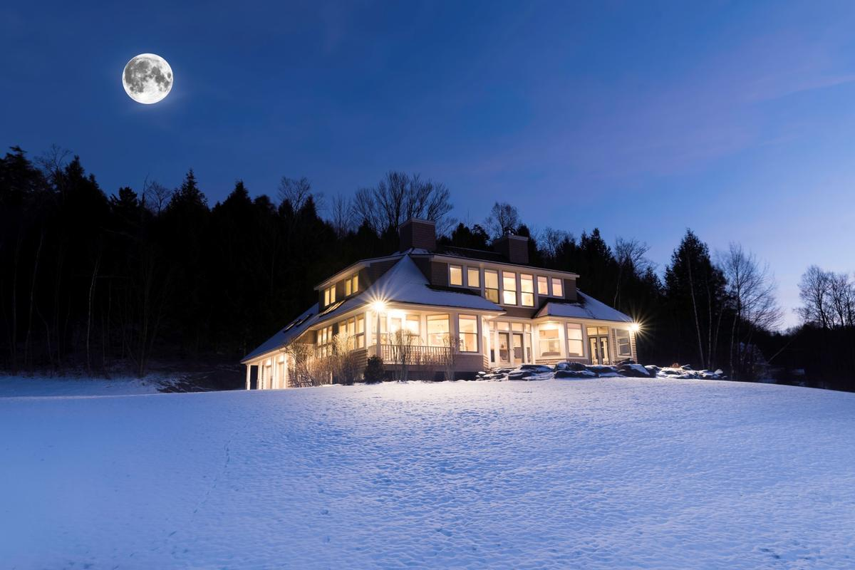 Stowe Home for All Seasons mansions