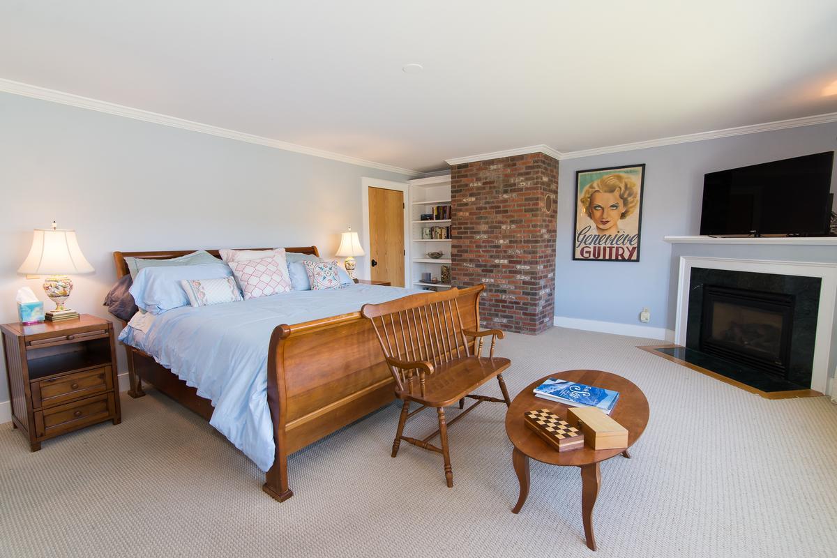 Luxury homes Modern Stowe Estate