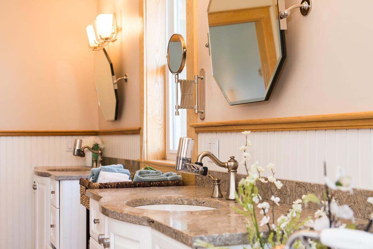 Luxury real estate Modern Stowe Estate