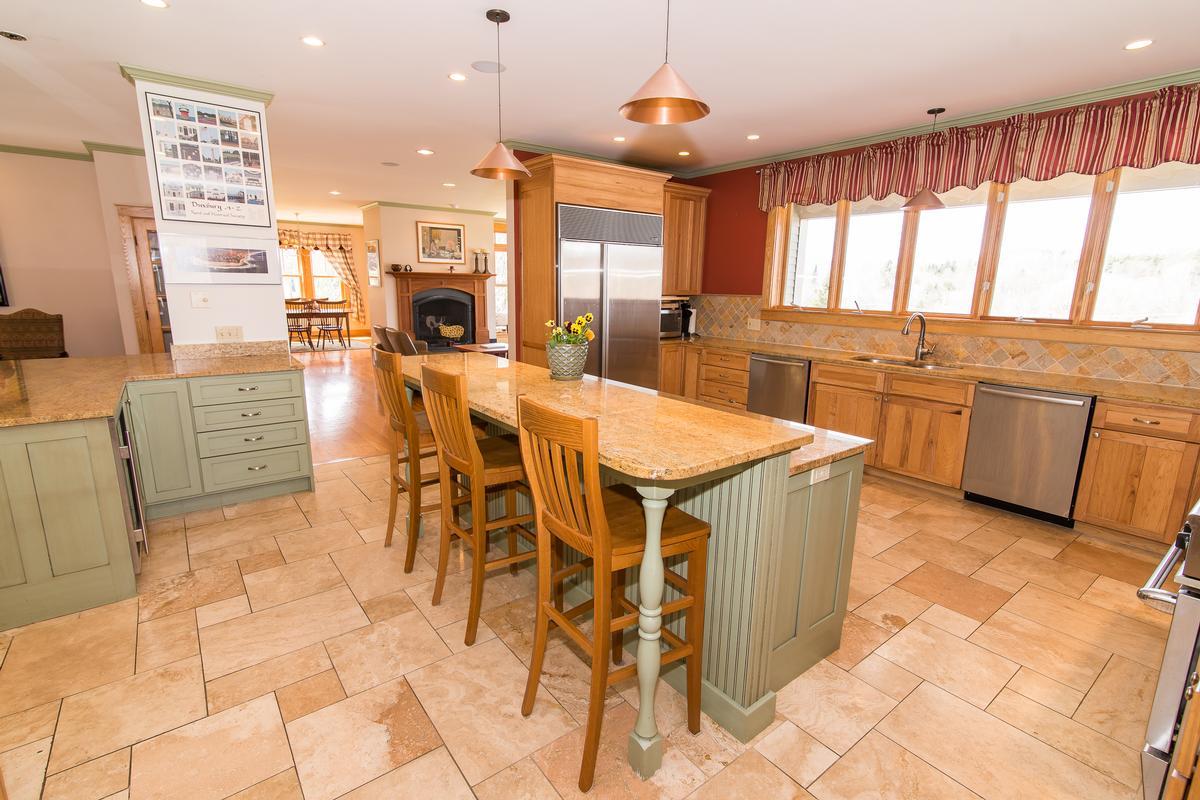 Modern Stowe Estate luxury properties