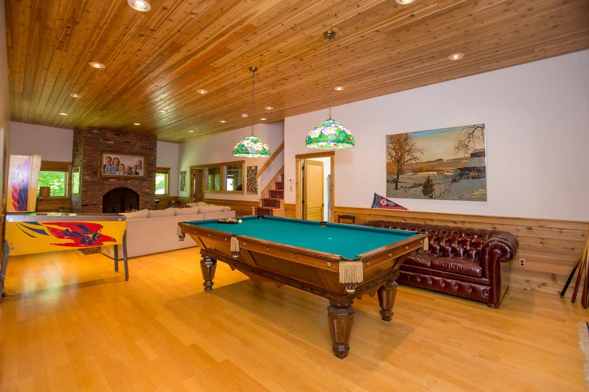 Luxury homes Spruce Peak Mountain Home