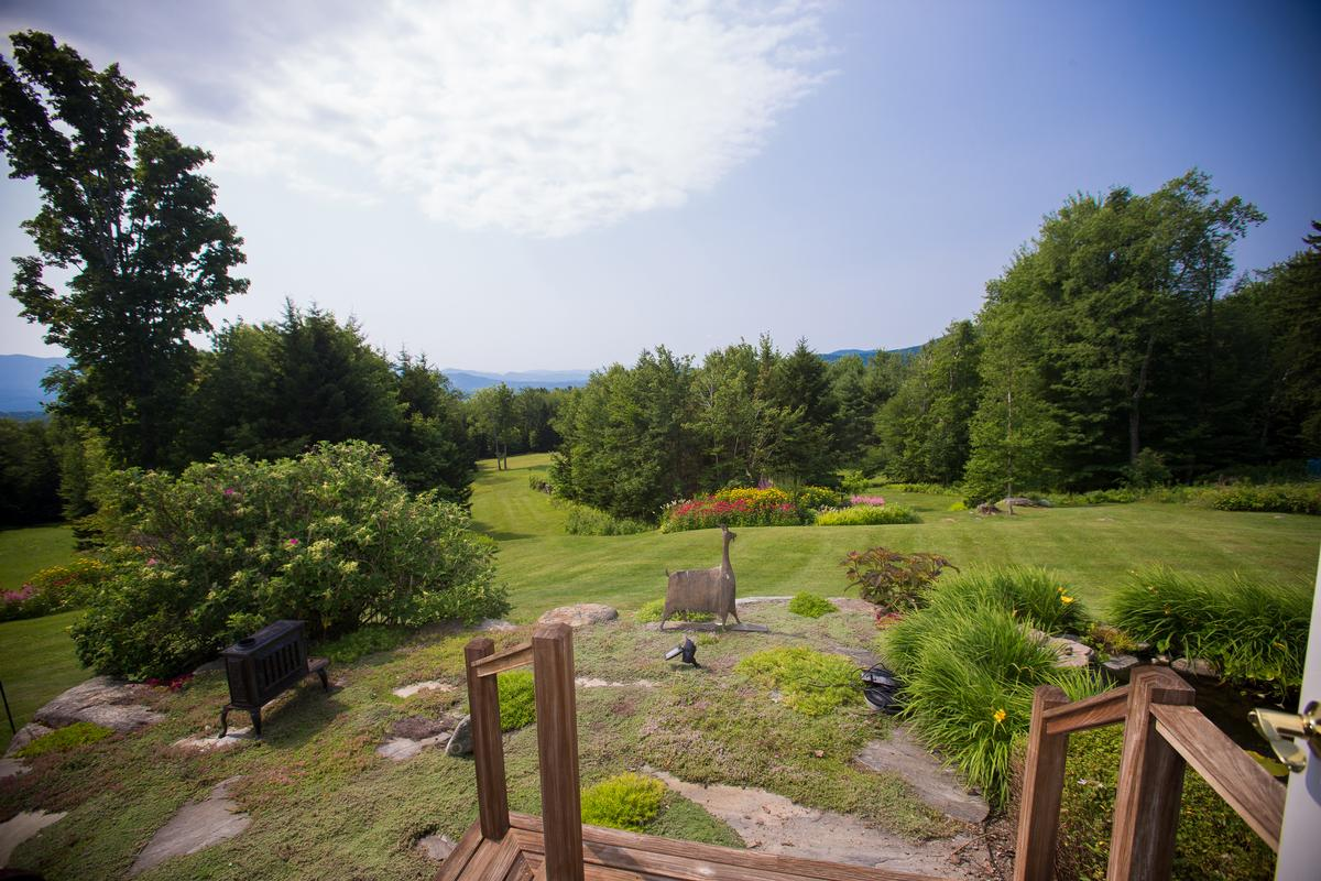 quintessential Vermont country living luxury real estate