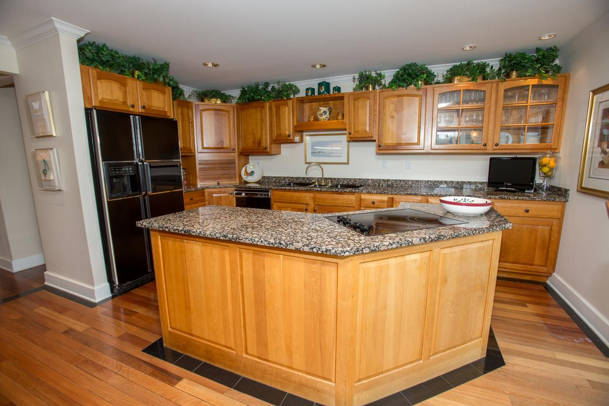 Luxury homes in Edson Woods Estate