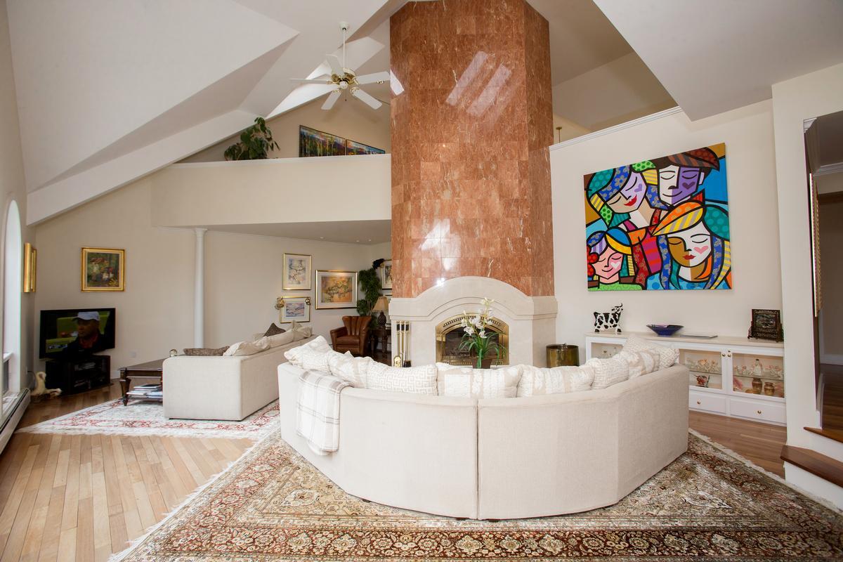 Luxury real estate Edson Woods Estate