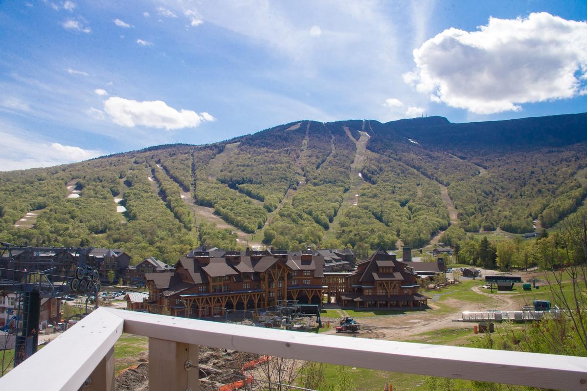 Spruce Peak at Stowe luxury homes