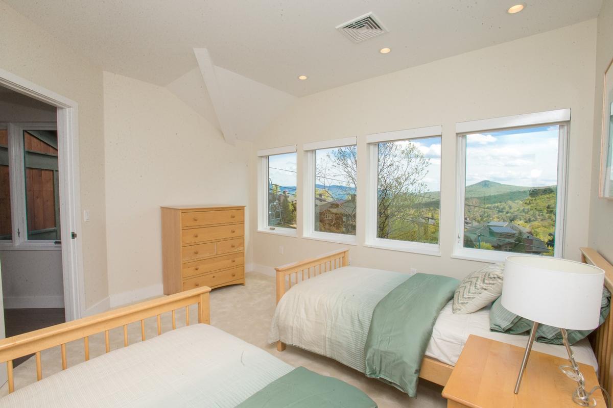 Luxury real estate Spruce Peak at Stowe