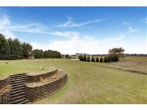 Luxury homes in have it all on 85 acres