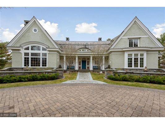 Mansions Ten Aker Wood