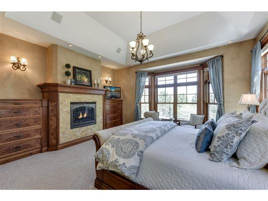 Luxury properties Extraordinary custom estate