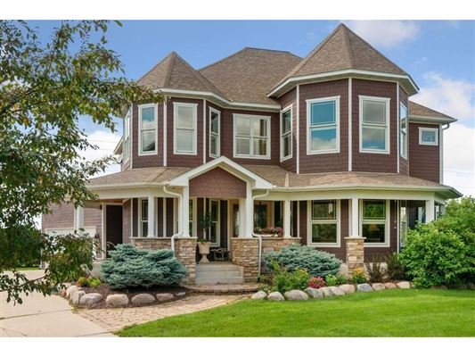 Mansions This home is stunning