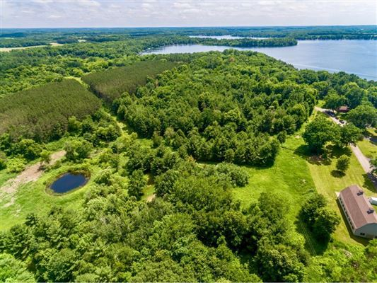 Luxury properties Over 27 acres with lake frontage