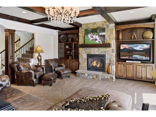 Luxury real estate beautiful home on a private lot
