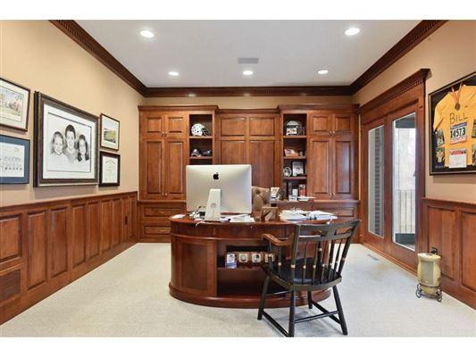 Mansions in exquisite custom jewel