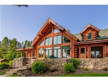 Luxury properties an amazing home in Hayward