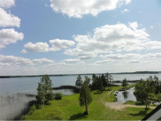 Outstanding views on the lake luxury properties
