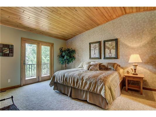 Luxury homes in completely remodeled home in hayward
