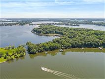 Luxury real estate LAKE MINNETONKA PROPERTY