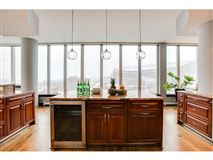Mansions in gorgeous views in fantastic mill district location