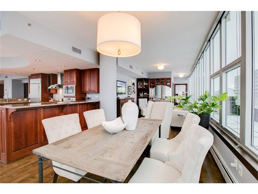 Luxury homes gorgeous views in fantastic mill district location