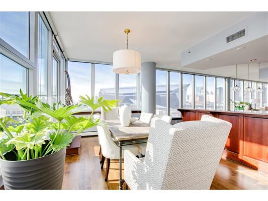 Luxury homes in gorgeous views in fantastic mill district location