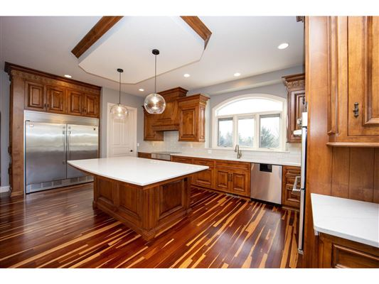 Luxury homes Elegant custom built all brick Ranch