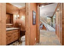 Luxury homes Spectacular Lake Minnetonka home