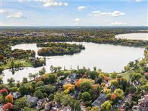 Luxury properties Landmark Lake of the Isles estate
