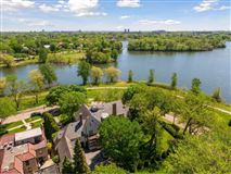 Landmark Lake of the Isles estate luxury homes