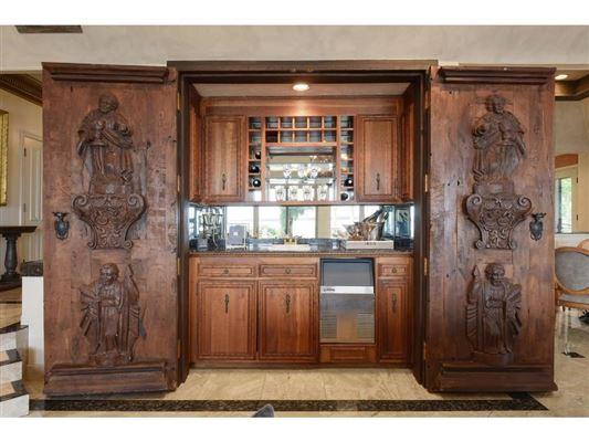 perfect stone andbrick lake estate luxury homes