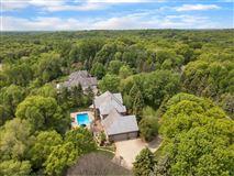 elegant estate  luxury properties