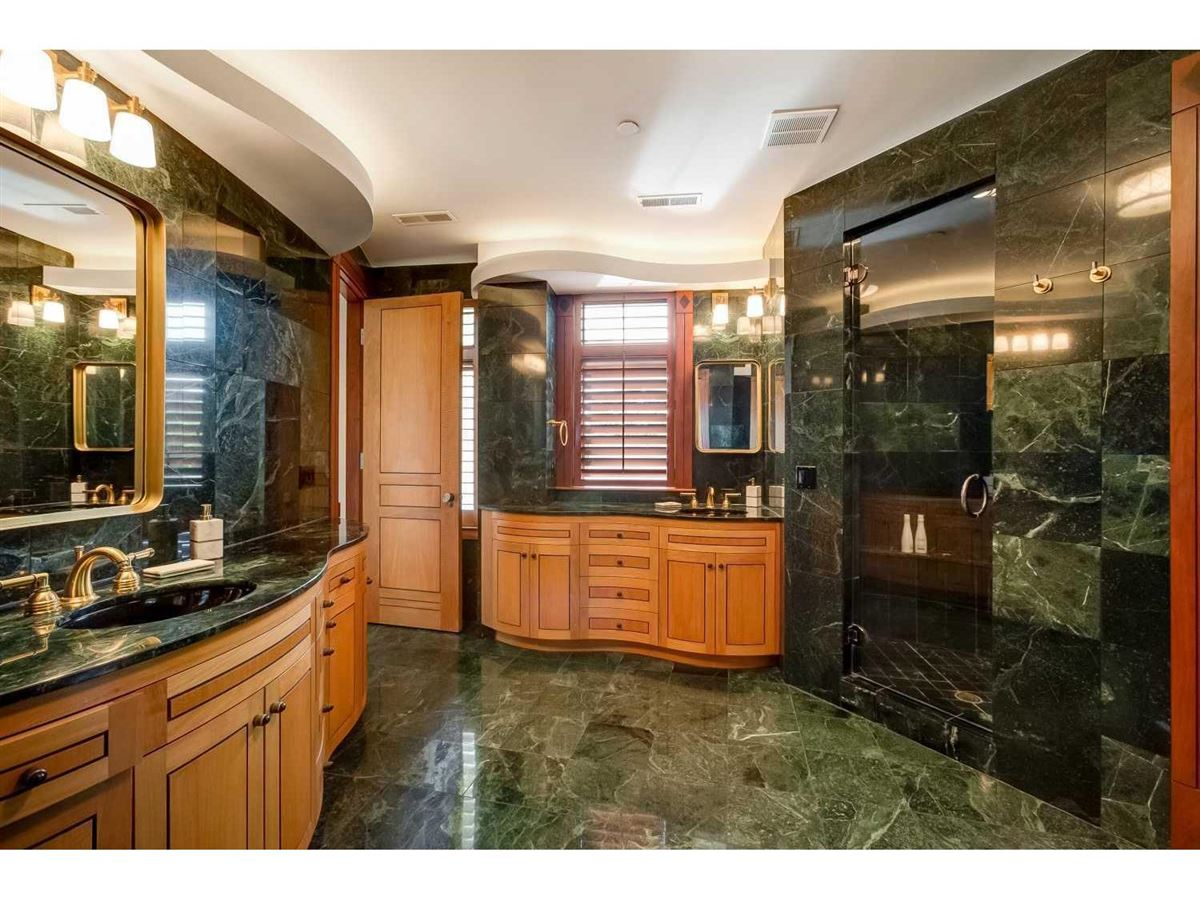 Luxury homes custom built condo at the Harrington House