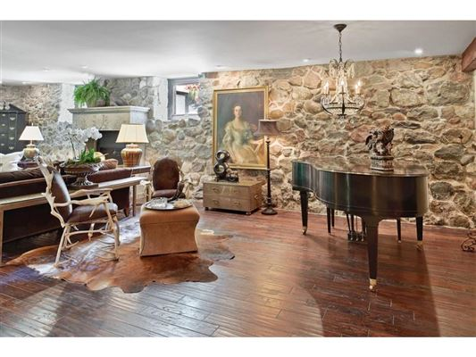 Character, charm, and history luxury properties