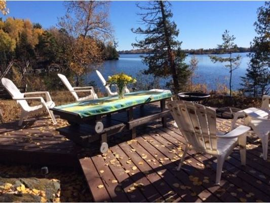 in the heart of Lake Vermilion on Daisy Bay luxury properties