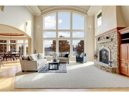 Luxury properties River from beauty